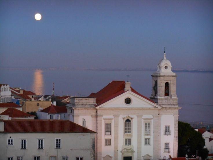 Dusk in Alfama: Lisboa