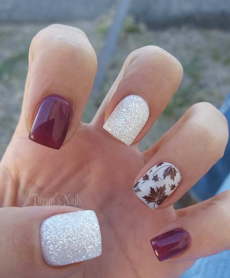 Fall nails ( https://m.facebook.com/taryns.nails/photos/pb.105148789523074.-2207520000.1446993972./895218343849444/?type=3&source=42)