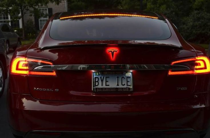 The Tesla Motors Club now has a LED-lighted rear Tesla T available for the Model S. Seriously cool, right?