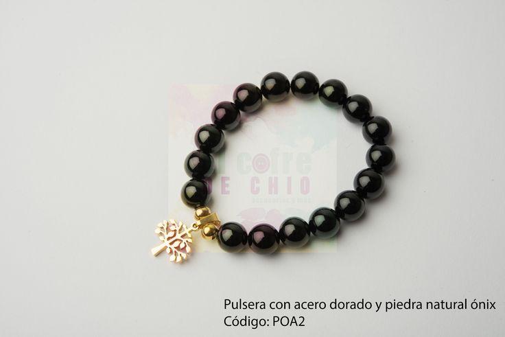 Pulsera con acero dorado y piedra natural ónix  Código: POA2  #pulsera #acero #piedranatural #peru #onix #diadelamadre #elcofredechio