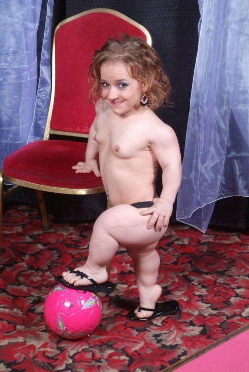 sexy midget suicide girl