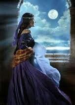Selene   / diosa de la luna/