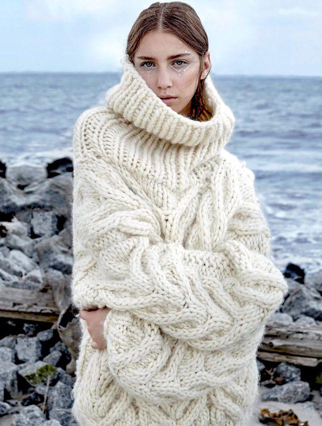 Il est temps cette saison d'apprendre à tricoter ! (photo Vogue Russie)