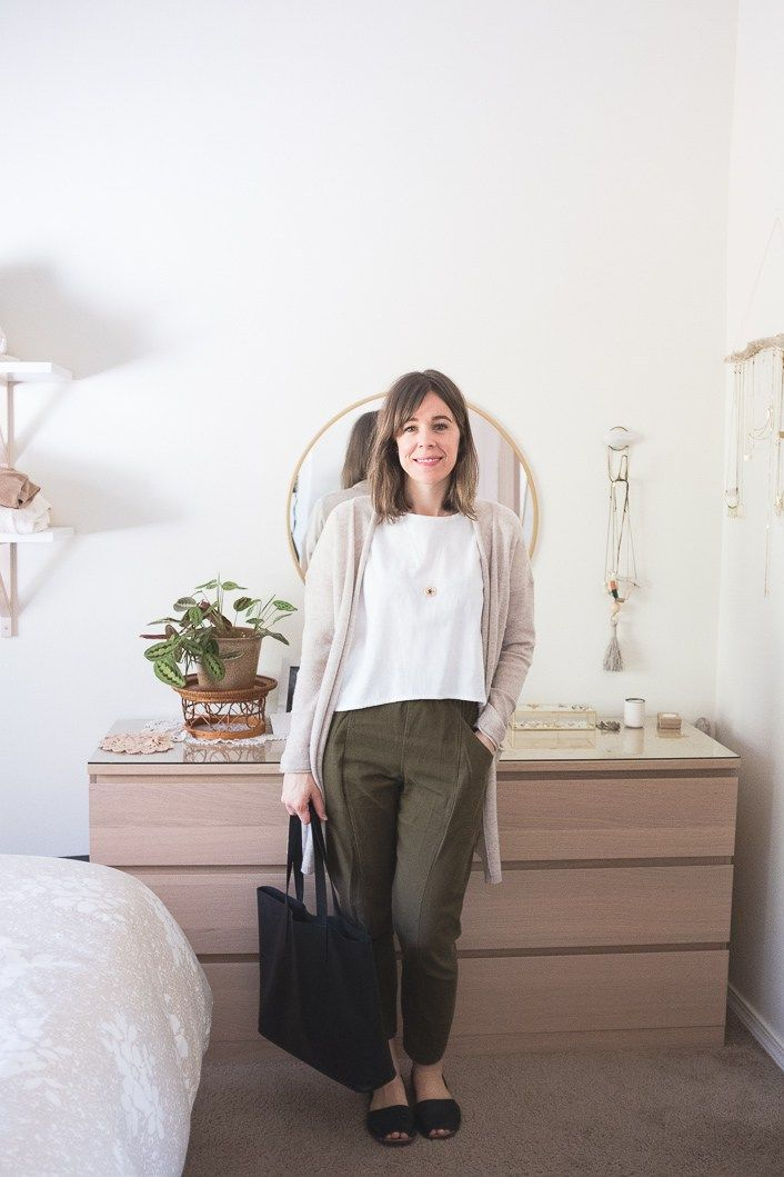 283cd381341f What I Wore  Everlane s Cheeky Jeans + the Day Glove (among other things