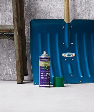 Apply cooking spray to both sides of plastic or metal shovel before clearing it away - the ice will slide right off instead of building upOlive Oil, Ideas, Cooking Sprays, Ice, Shovel, Snow, Cleaning Tips, Cooking Tips, Households Tips