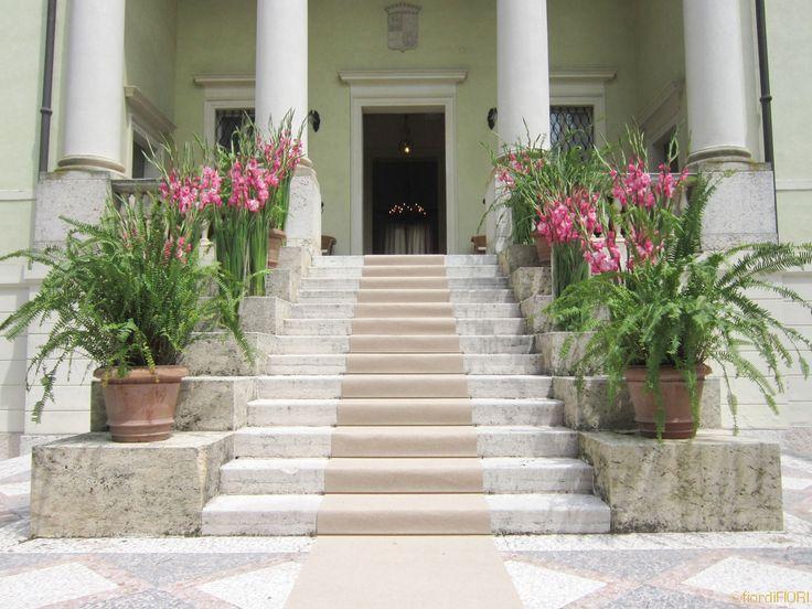 Allestimento scalinata di ingresso