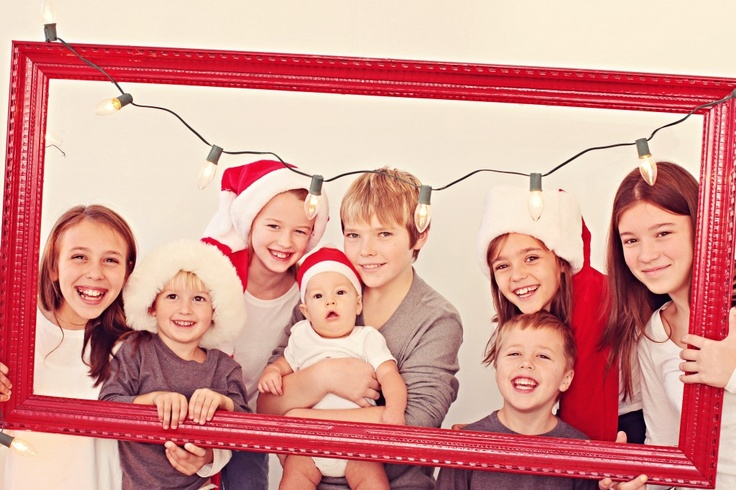 Cute Christmas photo, but could adapt this one by removing the Christmas elements...
