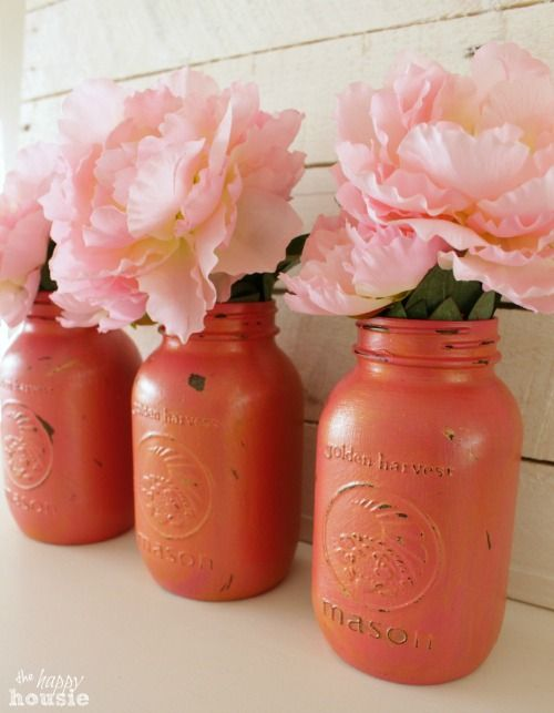 Pink and Gold Chalk Painted Mason Jars at The Happy Housie