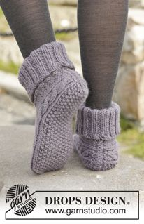 "Knitted DROPS slippers with cables in ""Nepal"". ~ DROPS Design"