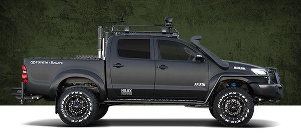 Toyota Hilux Black