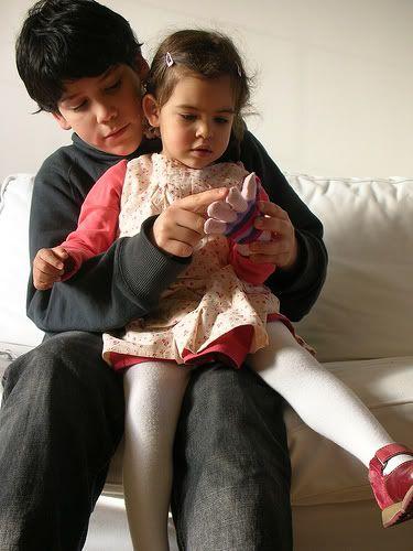 spanish fingerplays for babies: Bi Lingu Rhymes, Bilingual Baby, Baby Activities, Spanish Fingerplay, Intervention Idea, Ele Para, Baby Dorc, Early Intervention, Bilingual Early