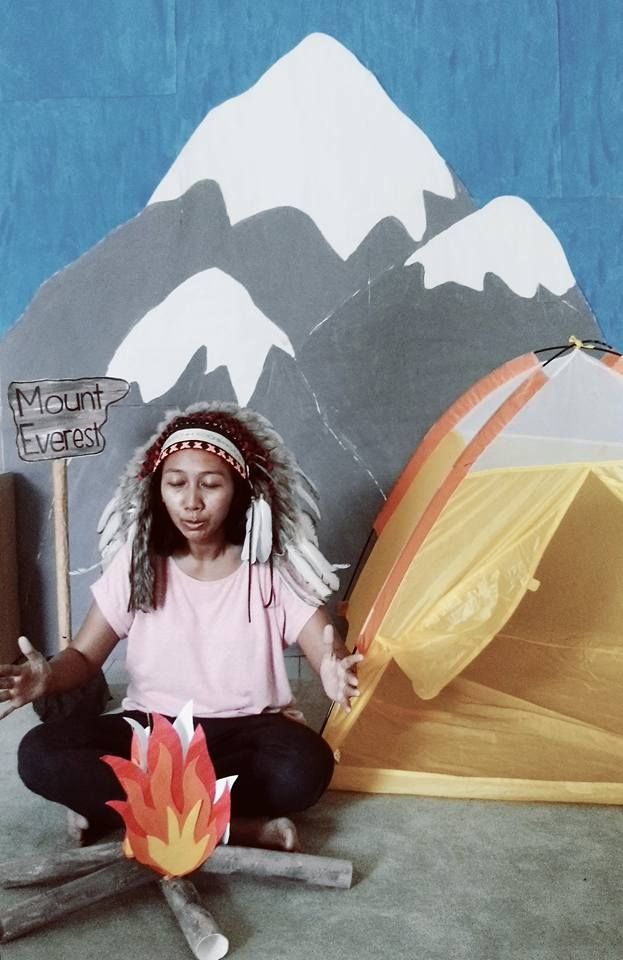 Classroom decoration for U.N Day celebration. This time our classroom will represent NEPAL. So i got an idea to make a photo booth in our classroom, excluded the Indian hair band of course. Kids and parents LOVE IT!! I used the tissue roll as a woods.