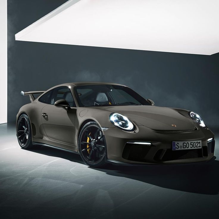 New GT3 in Grauschwarz.