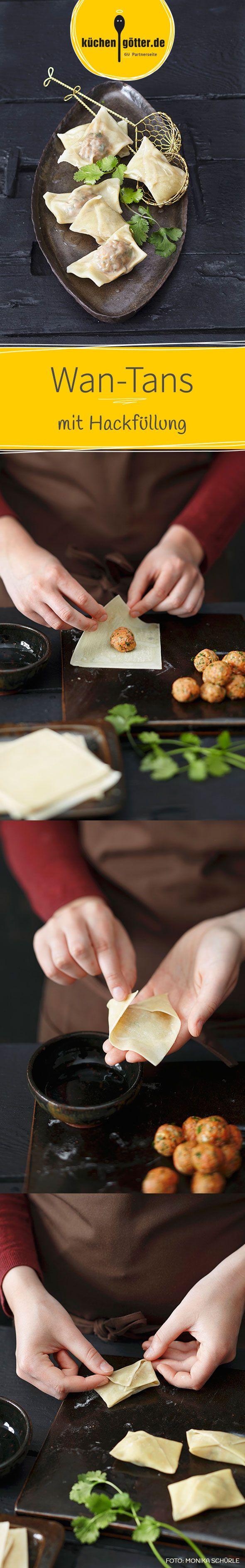 Die Chinesen lieben ihre Wan-Tans mit verschiedenen Füllungen. Bei ihnen wandern sie bevorzugt in die Suppe, bei unserem Rezept in den Fonduetopf.