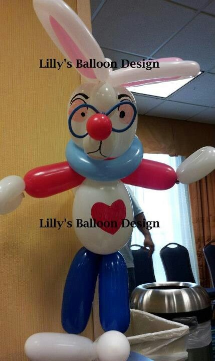 Alice in Wonderland,  White rabbit balloon sculpture
