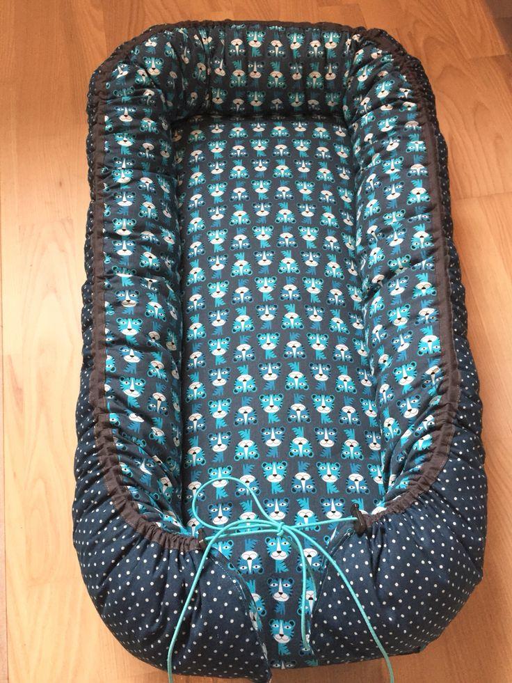 Babynest inspireret af:  http://kirstineskreativiteter.blogspot.dk/2013/08/sy-selv-babynest.html?m=1  http://www.majapaja.dk/den-populaere-babynest-diy/  http://idasmirakel.vimedbarn.se/sy-ditt-eget-babynest/
