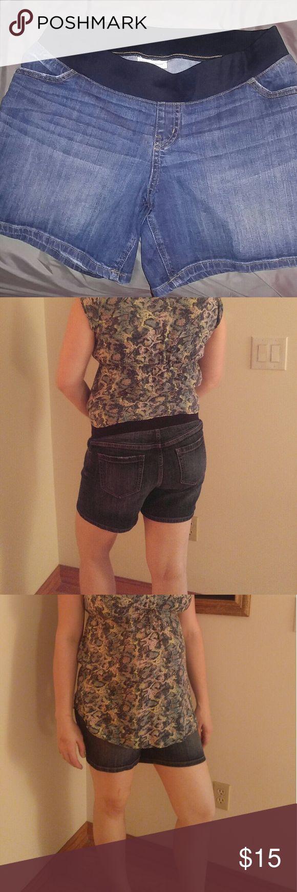 Maternity denim shorts Like New condition, denim shorts. Very slightly distressed. With an elastic banded waist. Liz Lange Shorts Jean Shorts
