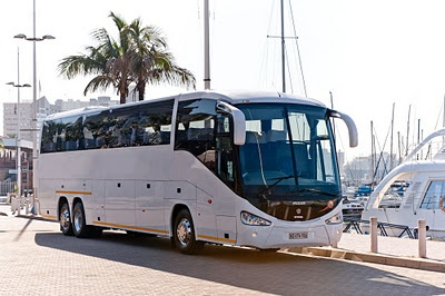 52 Seater luxury coach to tour the Garden Route.