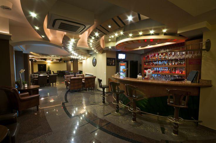 Kolorowy drink czy kufel regionalnego piwa? ;)  #hotel #bar #drinki #muszyna #polska #poland #beskidy #pięknie #góry #mountains #wypoczynek #pub #na wypoczynek #