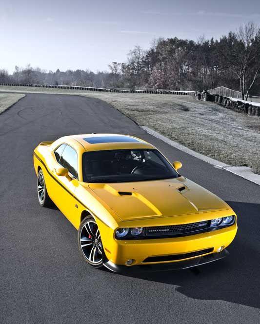 The new 2012 Dodge Challenger SRT8 392 Yellow Jacket – automotive99.com