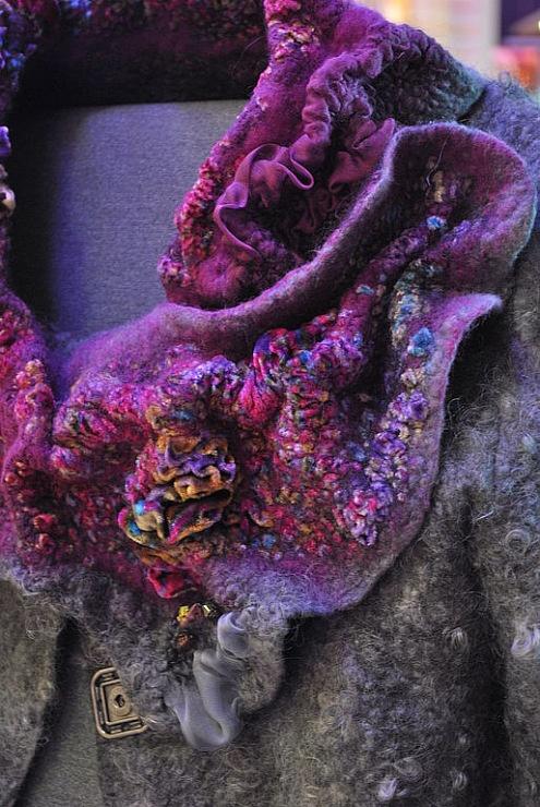 Gallery.ru / Фото #30 - СВЕТЛАНА ВРОНСКАЯ - renew. Beautiful scarf. A handmade Nuno felted work. B.