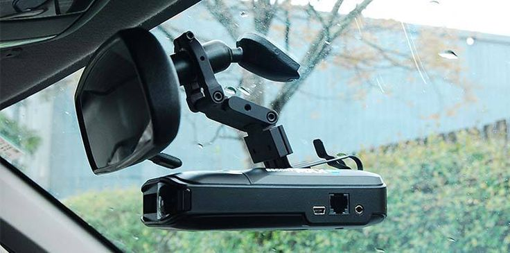 These incredible radar detectors gives important data about road conditions and help the owners to keep away from costly fines.