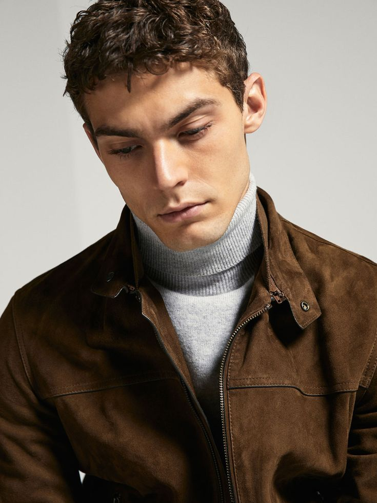 Fall Winter 2017 Men´s SUEDE BOMBER JACKET WITH DOUBLE COLLAR at Massimo Dutti for 395. Effortless elegance!