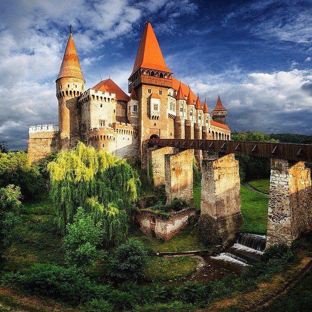 Corvin Castle #Hunedoara.  Photo credit: @jonas.vesterlund  by ig_romania