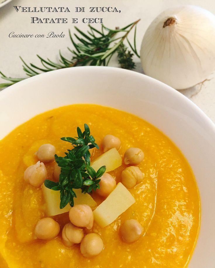 Vellutata di zucca, patate e ceci! Benvenuto autunno! Ricetta sul blog: http://cucinareconpaola.blogspot.it