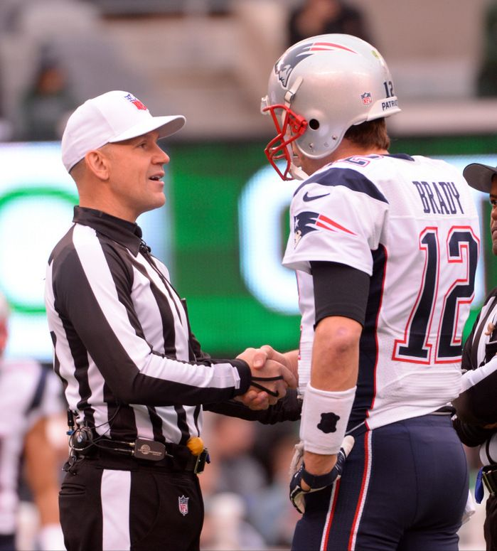 Tomase: Uh-oh ... Clete Blakeman refereeing Jaguars game, and he's been bad news for Patriots