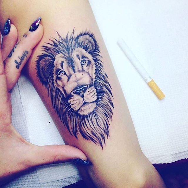 Best 25 teen tattoos ideas on pinterest tattoo ideas for Lion tattoos for females