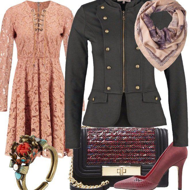 Il+focus+è+nella+giacca+uniform+resa+meno+aggressiva+dall'abito+in+pizzo,+dolcissimo+sia+per+materiali+che+per+colore.+Ad+aggiungere+un+tocco+veramente+fashion+contribuiscono+le+decolletee+burgundy+a+tacco+alto,+una+tracolla+modaiola,+un+foulard+in+tono+ed,+infine,+un+anello+romantico+con+fiori+e+pietre+multicolor+su+base+oro.