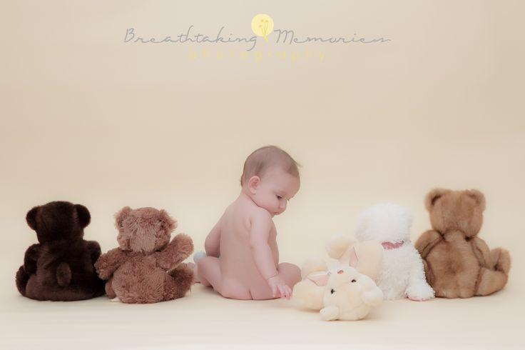 Baby photographer, baby boy photos idea, 6mo old baby boy with bears.