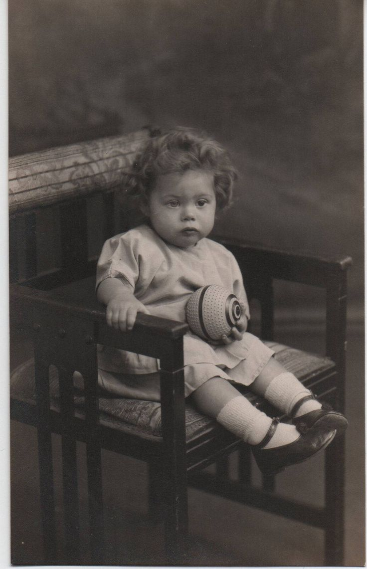 Sweet girl photo, rare photo, heterochromia, vintage postcard, photo postcard, social history, found photo, vintage toys  (rppc/ch846) by jollybloom on Etsy https://www.etsy.com/uk/listing/560508474/sweet-girl-photo-rare-photo