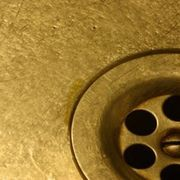 How to Control Gnats in Kitchen Sinks | eHow
