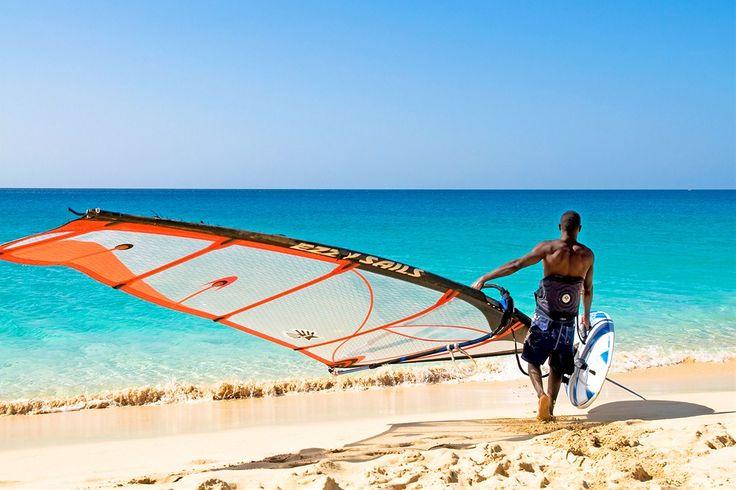 Kap Verde: Surffaus Kap Verdellä on MUST! All Inclusive - Riu Funaná hotellissa se kuuluu hintaan. www.finnmatkat.fi #Finnmatkat