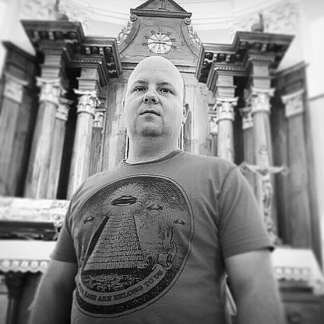 Once upon a time we went to Kapela Mir to check it out and realized that altar has a pyramid with an overseeing eye on it! And Marko had a pyramid with UFO over it on his t-shirt.  Coincidence? I don't think so.  #freemason #tshirt #pyramid #ufo #masonic #shirt #lifesource #aliens #freeenergy #freemasonry #orgonite #emf #masons #kaos #tee #tshirts #alien #clothing #cleansing #mason #freemasons #tees #jeans #pants #jacket #polo #frequency #psychic #apparel #swagg