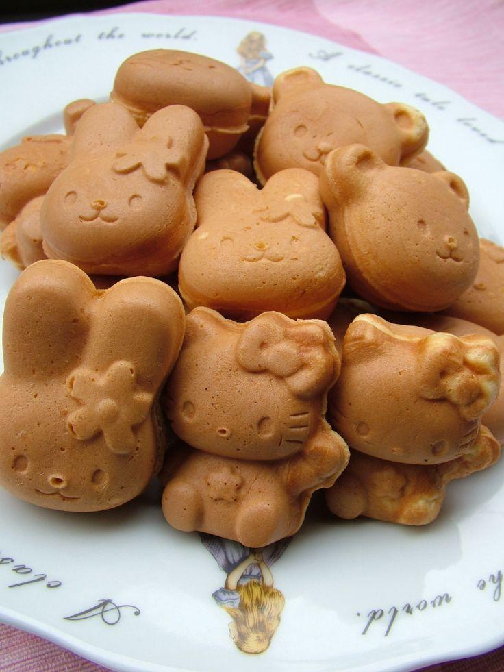 日本人のおやつ♫(^ω^) Japanese Sweets 人形焼き ningyo-yaki 新作キティちゃん, ウサちゃん, 熊ちゃん