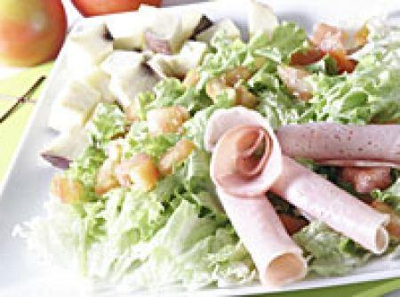 Salada de lombo com folhas verdes