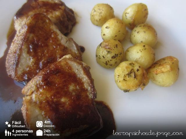 Solomillo marinado con patatas risoladas...por CaprichosDjorge