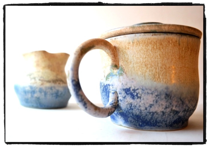 sea-sand tones for a coffee lidded-cup