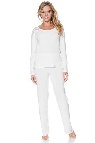 Az antibakteriális és hipoallergén kivitelezés azt jelenti, hogy az érzékeny bőrű nők számása a PAOLA pizsama olyan, mint simogatás. A romatikus nők örülni fognak a pasztell színeknek. Ajándékdobozba csomagoljuk.
