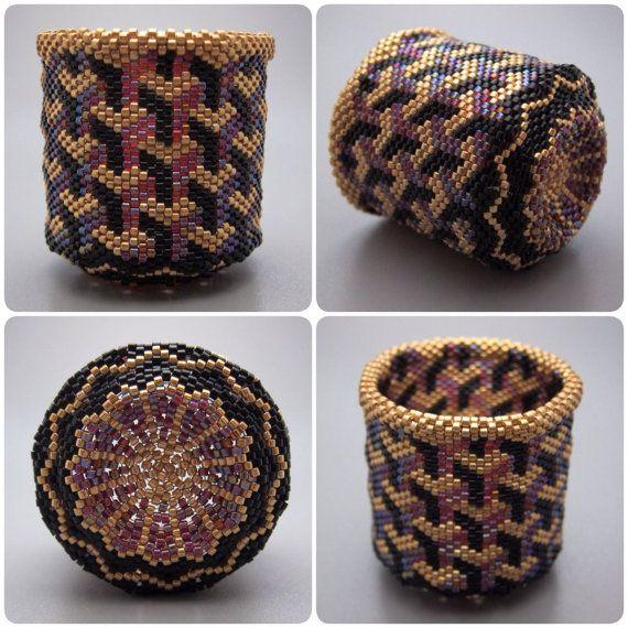 Optical illusion - beaded basket - collectible basket - bead art - seed beads - beadweaving - bead woven basket