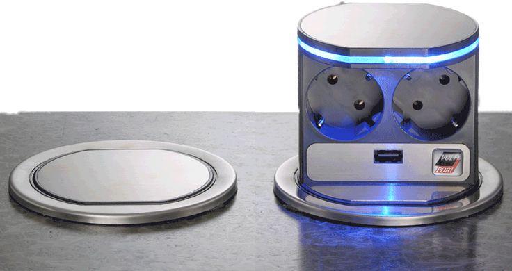 Nieuw in het assortiment bij BBA Duiven!! De eerste automatische uitschuifbare stekkerdoos met 2 x 230V aansluitingen. Voorzien van LED (blauw) rand (dooft zodra stekkerdoos in gesloten positie is) en USB aansluiting.  Inbouwdiepte 183mm, opbouwhoogte (in gesloten positie) 85mm, inbouw gat maat ø 102mm.