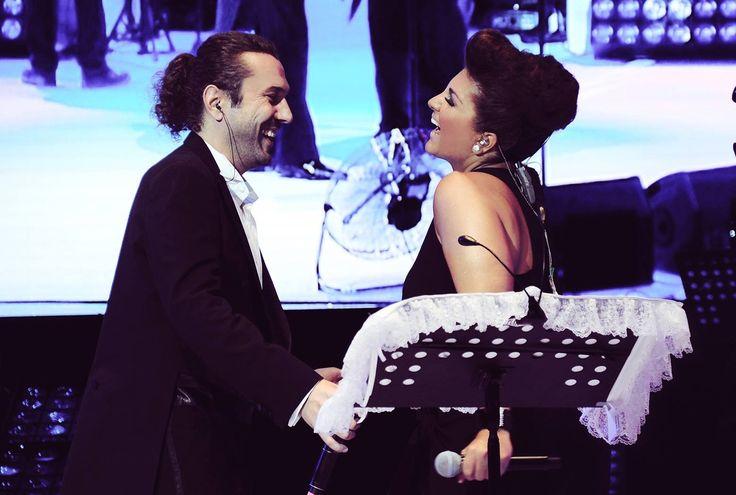 Sibel Can & Halil Sezai Harbiye Açıkhava Tiyatrosu ..