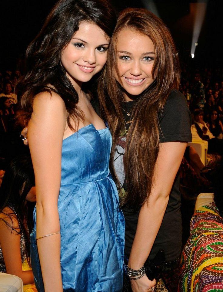 Selena Gomez & Miley Cyrus