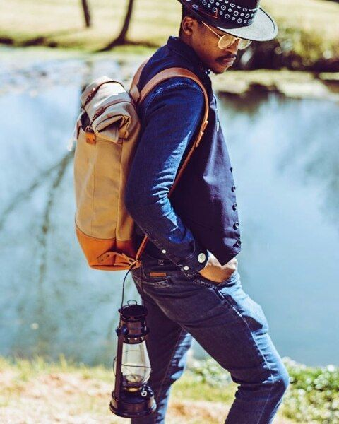 Our friend, @vivasage from @project_inflamed_photography, looking sharp in the wayfarer. #canvas #leather #backpack #adventure #proudlysa