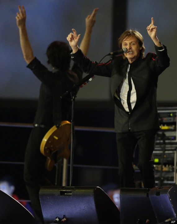 Sir Paul McCartney performs Hey Judge at the 2012 Summer Olympics opening ceremony