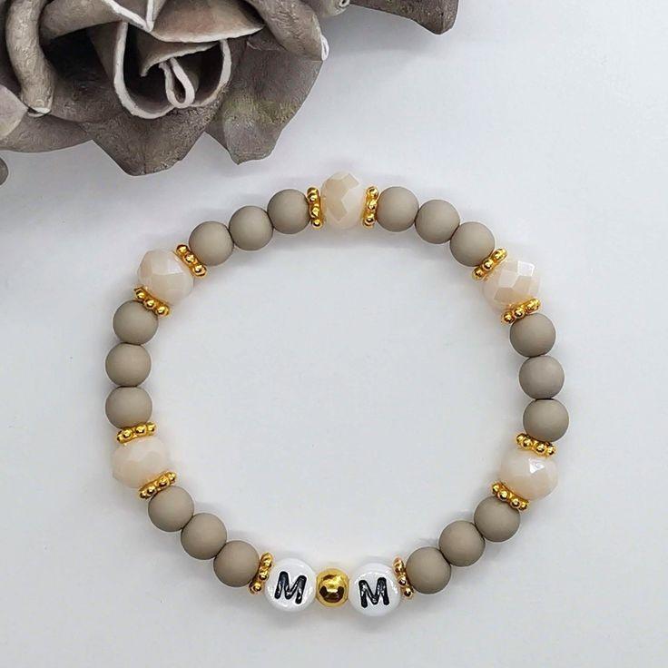 ARMBAND Perlenarmband Glasperlen Herz Buchstabe Initiale Grau INDIVIDUALISIERBAR