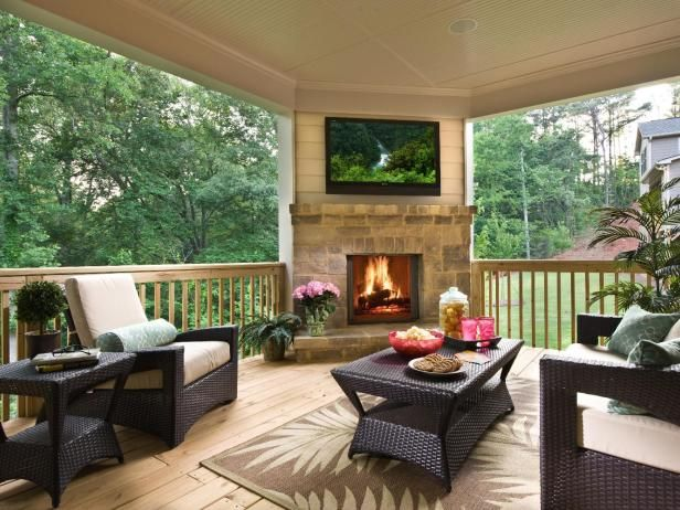Best 25 back porch designs ideas on pinterest covered for Back porch fireplace